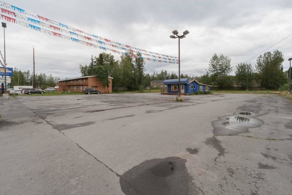 149 Muldoon Rd., Anchorage, AK 99504 Photo 3