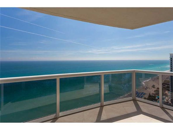 18911 Collins Ave. # 2705, Sunny Isles Beach, FL 33160 Photo 4
