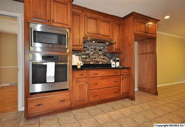 815 Olivia Avenue S.E., Huntsville, AL 35802 Photo 18