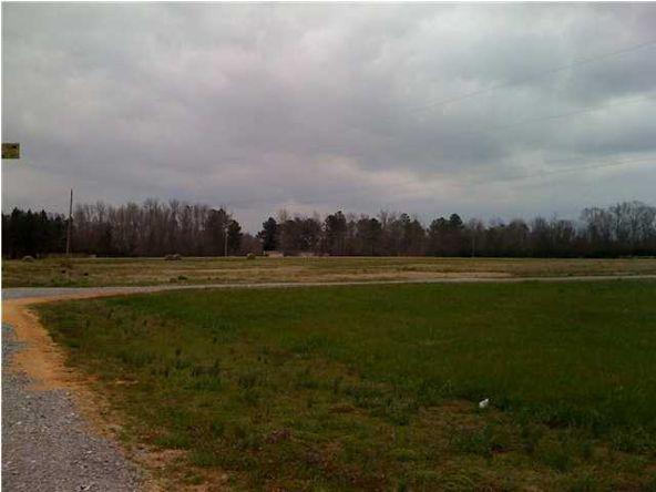 2552 Hwy. 143, Deatsville, AL 36022 Photo 4