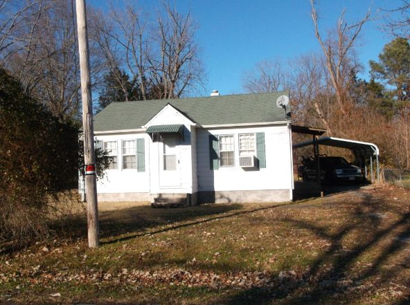 704 Beggs, Harrisburg, IL 62946 Photo 2