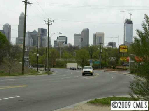 108 Wesley Heights Way, Charlotte, NC 28208 Photo 8