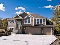 Home for sale: 808 N. Oak Terrace, Tonganoxie, KS 66086