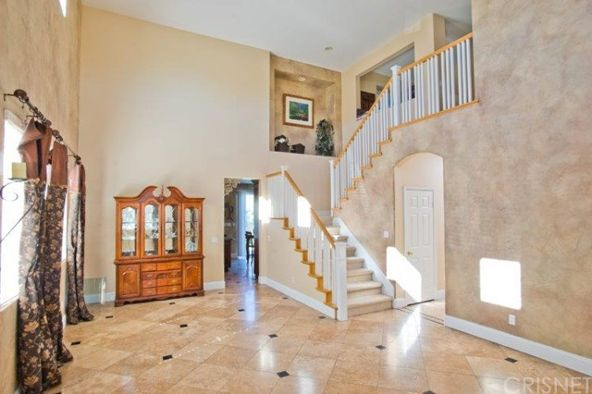 25951 Burke Pl., Stevenson Ranch, CA 91381 Photo 2