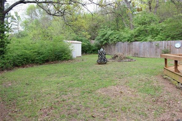 914 E. Lakeside Dr., Fayetteville, AR 72701 Photo 5