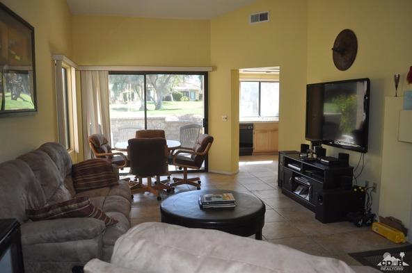 41920 Preston, Palm Desert, CA 92211 Photo 5