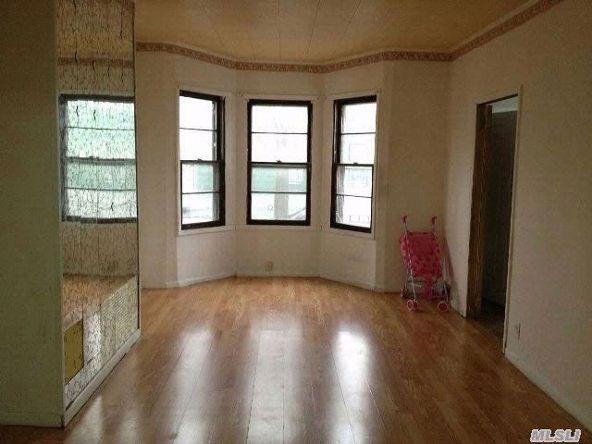 111 Lincoln Ave., Brooklyn, NY 11208 Photo 3