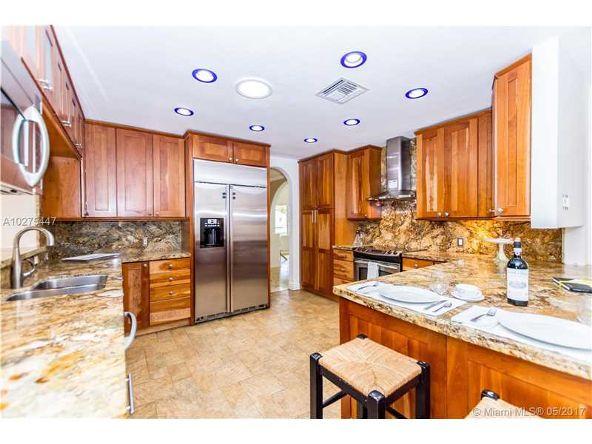 9707 N.E. 5th Ave. Rd., Miami Shores, FL 33138 Photo 31