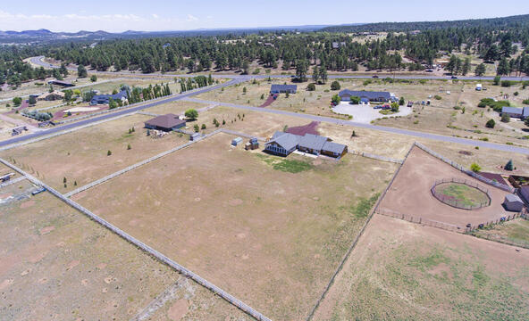 8095 E. Hollow Ridge Rd., Flagstaff, AZ 86004 Photo 40