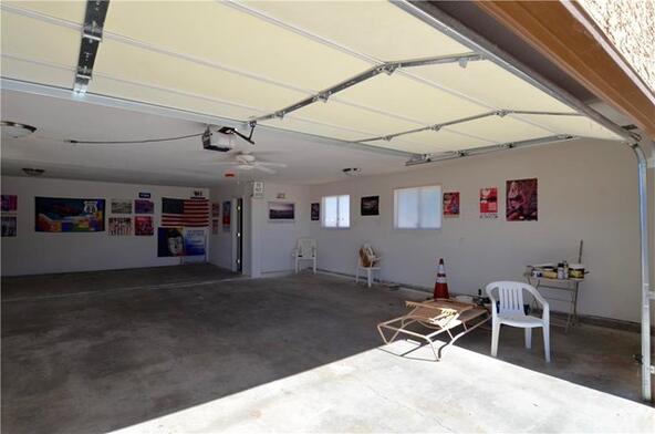 3968 Adobe Rd., Twentynine Palms, CA 92277 Photo 4