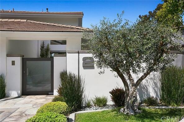 2 Rue Verte, Newport Beach, CA 92660 Photo 3