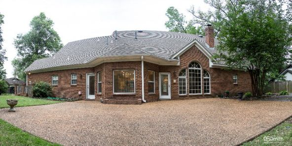 203 Country Club, West Memphis, AR 72301 Photo 11