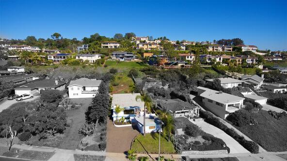 5041 Foothill Blvd., San Diego, CA 92109 Photo 11