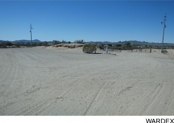 28515 Desert Heights Dr., Bouse, AZ 85325 Photo 13