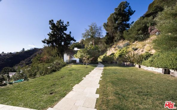 1896 Rising Glen Rd., West Hollywood, CA 90069 Photo 11