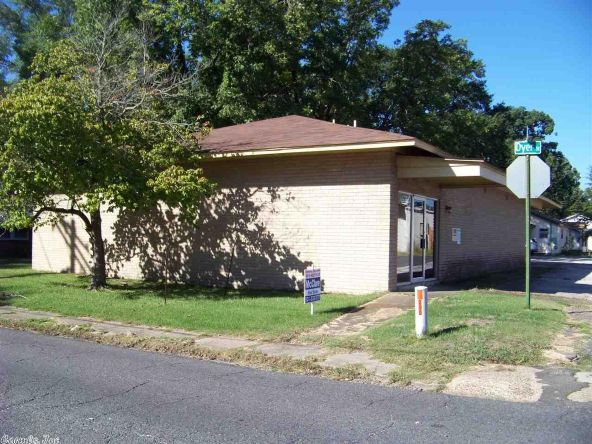 1004 Dyer, Malvern, AR 72104 Photo 2