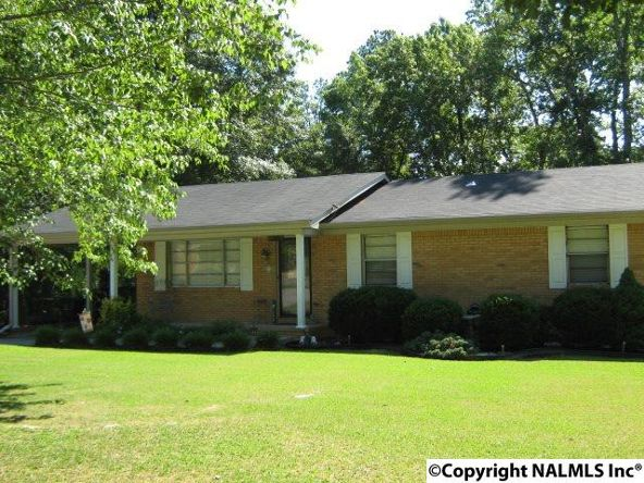 305 Hampton Rd., Hartselle, AL 35640 Photo 1