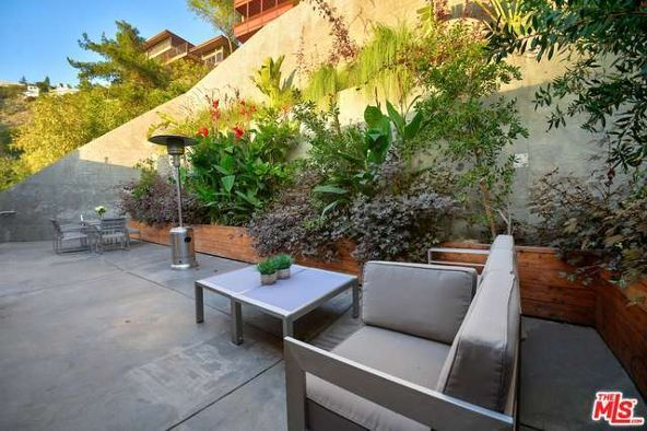 8469 Franklin Ave., Los Angeles, CA 90069 Photo 27