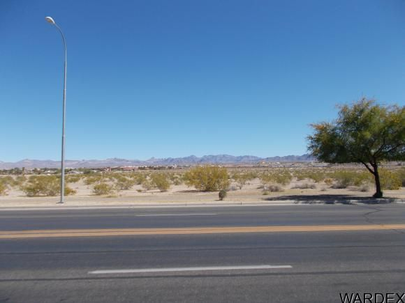 2051 Lakeside, Bullhead City, AZ 86442 Photo 2