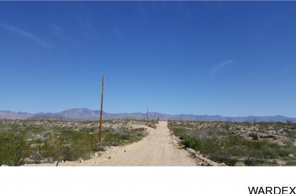 4332 W. Sunset Rd., Yucca, AZ 86438 Photo 6