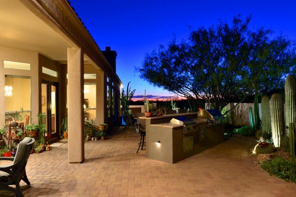 12387 N. Tall Grass Dr., Oro Valley, AZ 85755 Photo 10