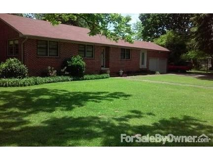 615 Main St., Hurtsboro, AL 36860 Photo 1