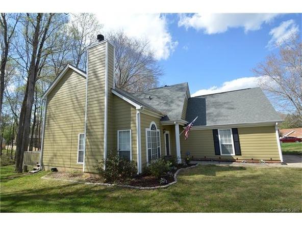 8713 Kirkley Glen Ln., Charlotte, NC 28215 Photo 2