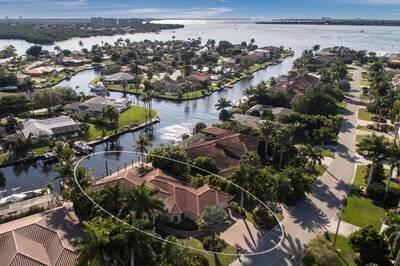 872 Cypress Lake Cir., Fort Myers, FL 33919 Photo 11