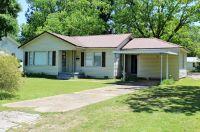 Home for sale: 527 Howell St., De Kalb, TX 75559