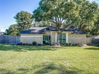 Home for sale: 3207 Sunset Oaks St., Dalworthington Gardens, TX 76016