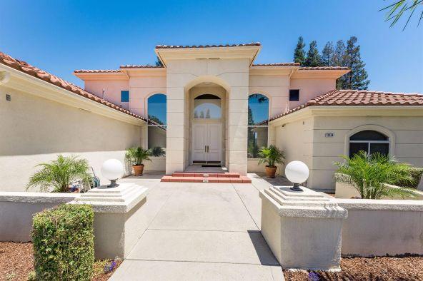 10154 N. Edgewood, Fresno, CA 93720 Photo 2