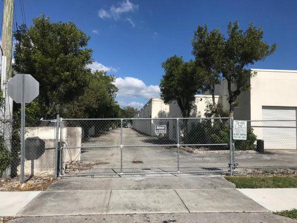 17304 Walker Avenue, Miami, FL 33157 Photo 11
