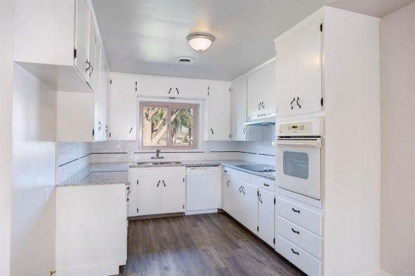2992 Garland Avenue, Fresno, CA 93726 Photo 14
