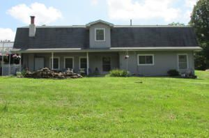201 Springfield Ln., Mammoth Spring, AR 72554 Photo 3