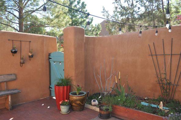354 Calle Loma Norte, Santa Fe, NM 87501 Photo 16