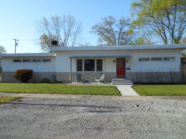 434 Fair Avenue, Flora, IL 62839 Photo 1