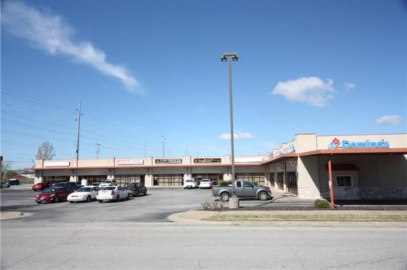 2800 S.W. 14th St., Bentonville, AR 72712 Photo 1