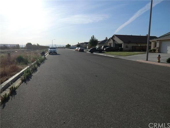 11838 Far Hills Ln., Victorville, CA 92392 Photo 3