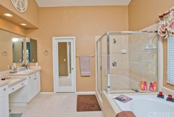 25951 Burke Pl., Stevenson Ranch, CA 91381 Photo 17