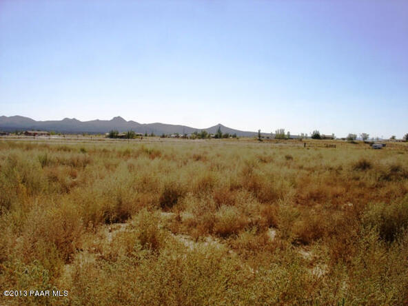 24900 N. Sun Hawk Rd., Paulden, AZ 86334 Photo 2