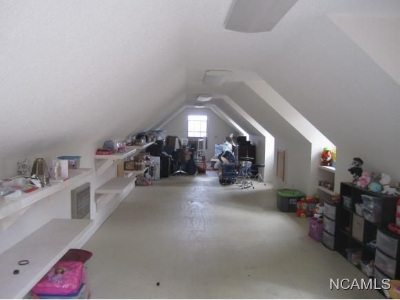 1356 Co Rd. 1216, Vinemont, AL 35179 Photo 15