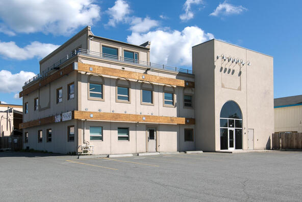 8801 Toloff St., Anchorage, AK 99507 Photo 1