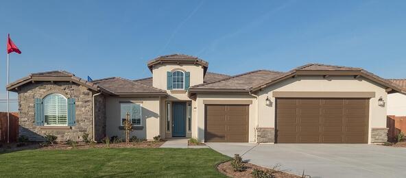 9406 Horsetail Creek Court, Bakersfield, CA 93311 Photo 2