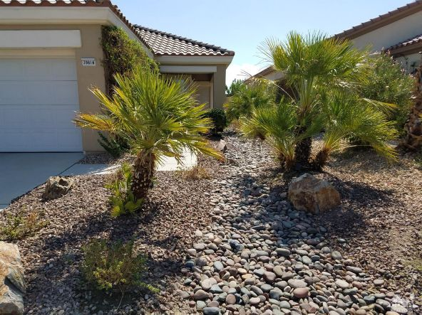 39816 Somerset Avenue, Palm Desert, CA 92211 Photo 2