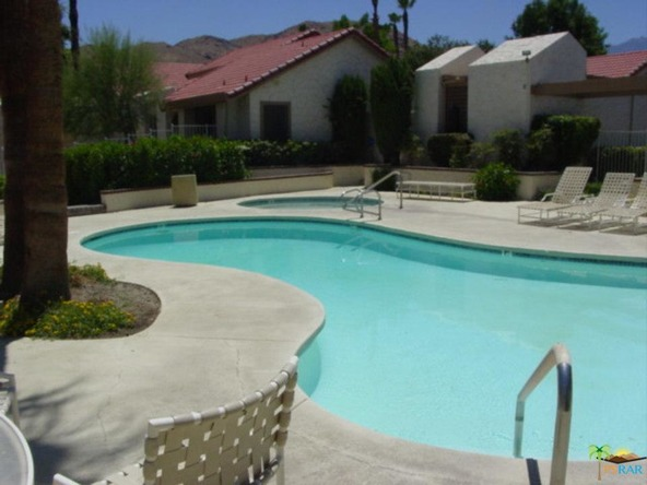 2277 S. Gene Autry Trl, Palm Springs, CA 92264 Photo 15