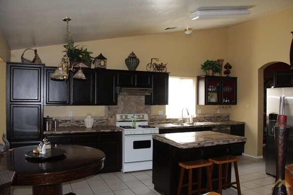 1104 Woodmont Dr., Bakersfield, CA 93312 Photo 24