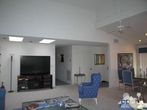 278 San Vicente Cir., Palm Desert, CA 92260 Photo 10