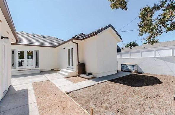 5446 Woodman Avenue, Sherman Oaks, CA 91401 Photo 32