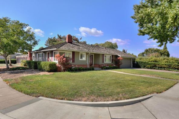 855 S. Genevieve Ln., San Jose, CA 95128 Photo 2