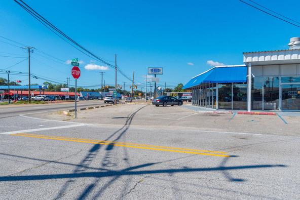 542 Pass Rd., Gulfport, MS 39507 Photo 5